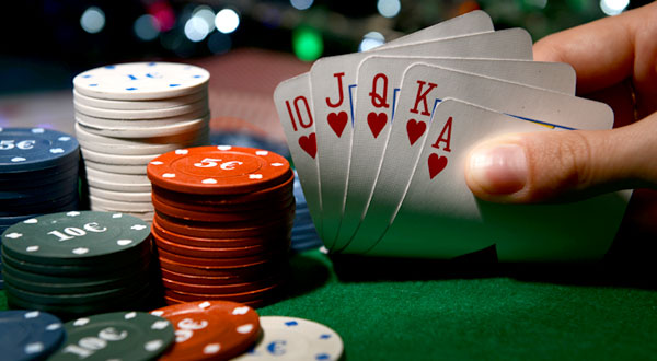 Select The Best Online Poker Site To Play At